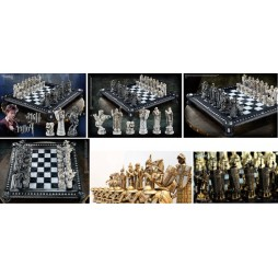 Harry Potter - The Sorcerer\'s Stone - Wizard Chess Set - Set Completo Scacchiera Da Collezione NN7580