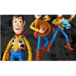 Revoltech - Sci-Fi - 010 - Woody Toy Story