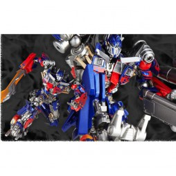 Revoltech - Sci-Fi - 030 - Optimus Prime Transformers TM