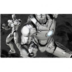 Revoltech - Sci-Fi - 035 - Iron Man Mark II