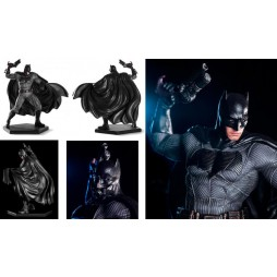 DC Comics - Batman Vs Superman - Suicide Squad - Iron Studios - 1/10 Scale Statue - Batman