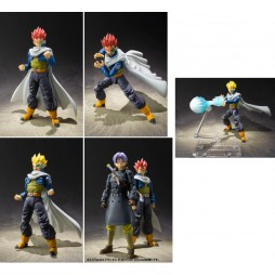 S.H. Figuarts Dragon Ball Xenoverse 2: Time Patroller (Normal and SSJ)