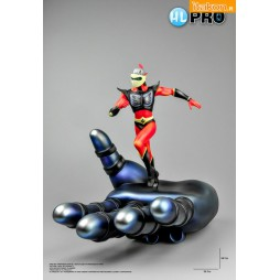 Goldrake - Ufo Robot Grendizer - High Dream Statue - Duke Fleed On Grendizer Hand Statue Anime Color Edition