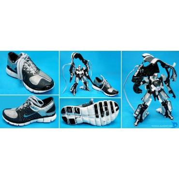 Masterpiece Megatron scarpa Nike 7.0