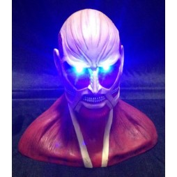 Attack on Titan - L'Attacco dei Giganti - Busto con led luminoso del Titano Colossale