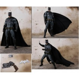 S.H. Figuarts Justice League: Batman