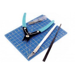 PLASTIC Modelling Tool Kit - Vallejo - Plastic Kit