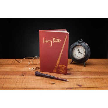 Harry Potter - Notebook and Wand/Pen - Block Notes con Penna/Bacchetta - Hogwarts Crest