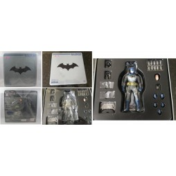 Mezco Toys - One Twelve Collective - DC Comics - Batman: Blue Cape/Cowl Ascending Knight - Batman - Preview's Exclusive