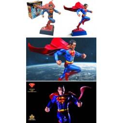 DC Comics - Noble Collection - Statue - Superman Sculpt Comic Book Edition - NN4789