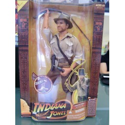 Indiana Jones - Action Figure Weathered Shirt And Whip - Raiders of The Lost Ark